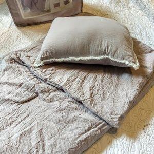 🆕Baby Comforter & Decor Pillow Set in Blush NWT